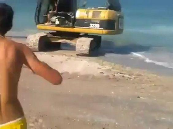 Como se divertem os russos na praia