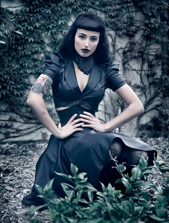 Gothic girl nude images 41