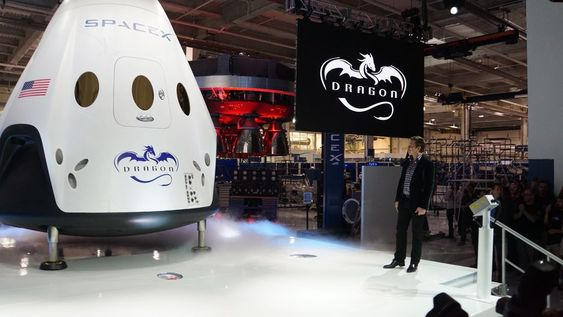 SpaceX Dragon V2 spacecraft unveiled by Elon Musk
