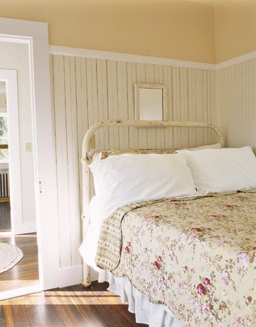 30 rooms that perfectly embody farmhouse style guest - Rustic country bedroom decorating ideas ...