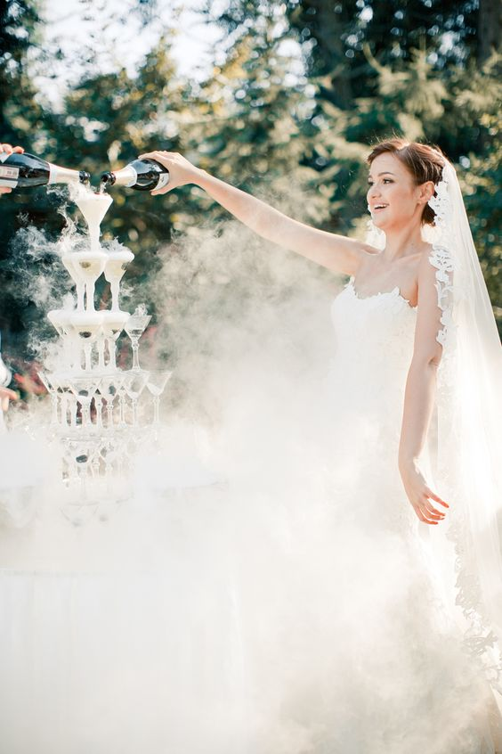 Grand Champagne Tower - French wedding Ideas