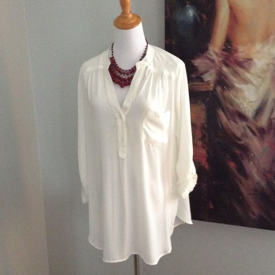 Cream blouse Cream pullover top, buttons on sleeves & button detail on back, never worn Pleione Tops Blouses