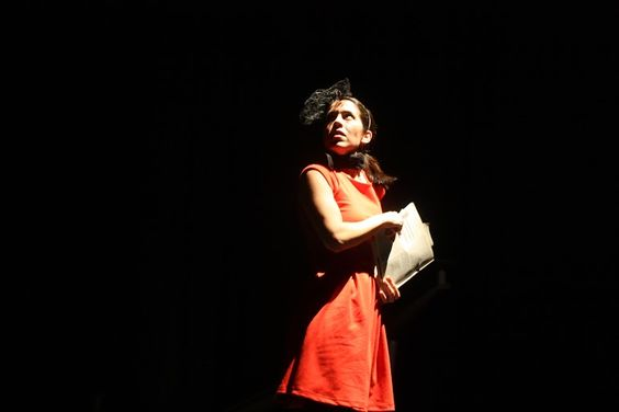 Escena 3. El ojo del huracán. El viajero contempla el mundo. Autor y coreógrafo Daniel Patiño Aguilar
