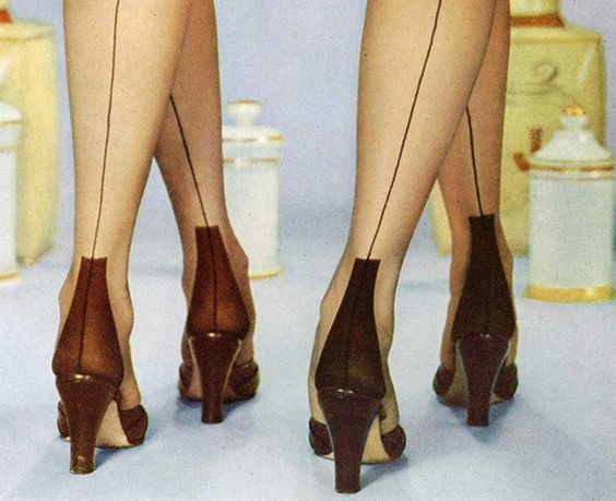 images of 1940's fashion   The Ultimate Shopping Guide in 1940′s vintage style shoes for women.