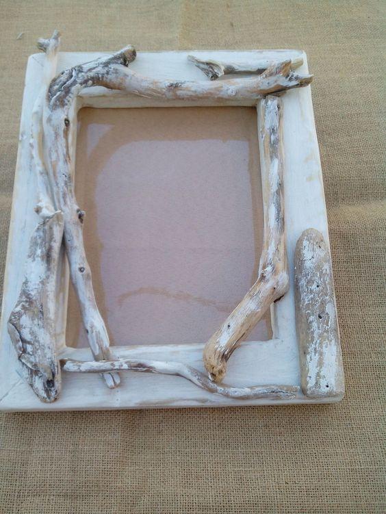 Cornici porta foto in legno shabby un prodotto unico - Cornici per mobili ...