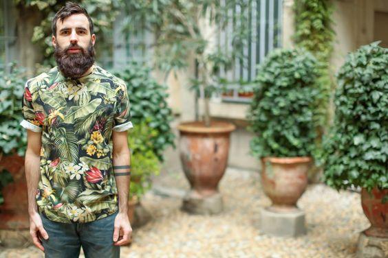 ami._alexandre_mattiussi---t-shirt_col_rond---tropical_noir_3_.jpg 960×640 pixels