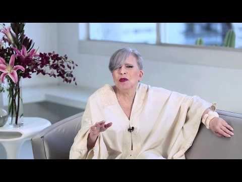 ENJOY! #2 Ep.2 Regina Guerreiro   Tá na mão? Ou não? - YouTube