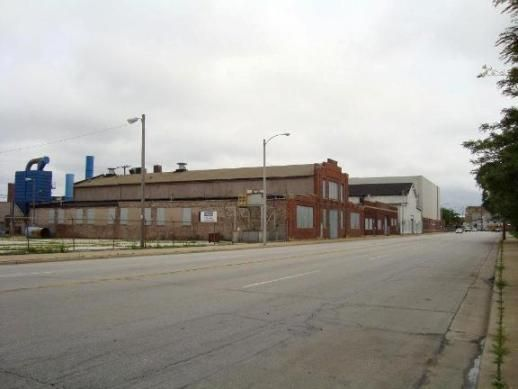 U-Haul's location in the Fifth Ward of Milwaukee, Wisconsin underwent a renovation on its First Street entrance. Here's a photo of the historic building prior to its sustainable makeover. | History & Culture
