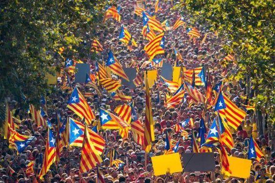 Catalonians hold mass demonstration demanding independence from Spain  http://www.heraldscotland.com/news/13714616.Catalonians_hold_mass_demonstration_demanding_independence_from_Spain/…