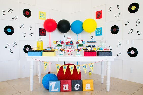 Festa Rock n' Roll { Luca – 1 ano} » Angélica Marques | Fotografia  Decoração: Festa com Gosto Doces: Isa Herzog