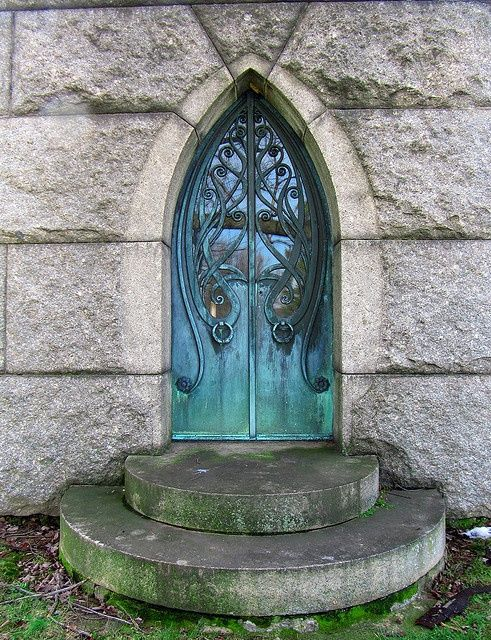Art Nouveau crypt door, Druid Ridge Cemetery, Baltimore, Maryland.  Star Cat@Flickr