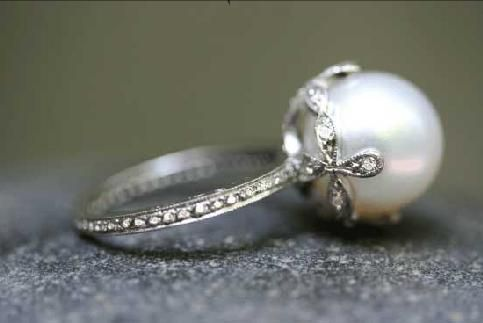 Pearl ring..gorgeous!