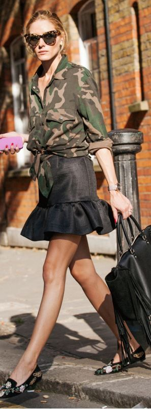 Shirt – y Sanctuary Shoes – Alexander McQueen Purse – CH Carolina Herrera Belt – Reiss Sunglasses...: