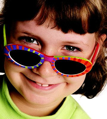 Decorate your own sunglasses and 9 other Outdoor Summer Crafts for Kids