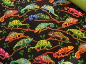 """www.catchinglizards.com  CATCHING LIZARDS catnip Blanket Vivid Lizards Hangin in the Trees .   This Poly-Cotton Print has a reverse side of Leaf Green Fleece Each blanket has a Generous Hand Fukk Of 100% Organic Catnip grown in Montana ..  ONLY THE BEST !!!!!!!!!  18 """" x 24"""""""