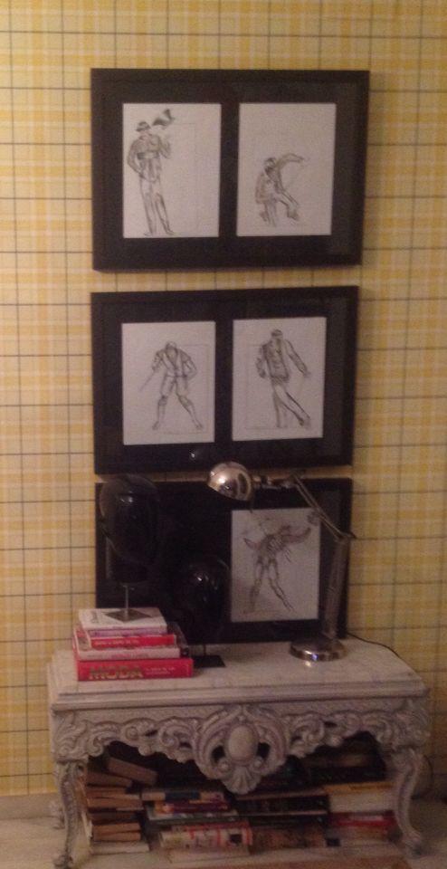 Mueble de mercadillo, cabezas de un escaparate, Marcos y lámpara de grandes superficies,,,,