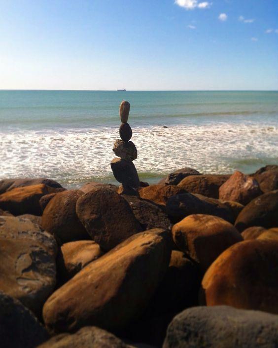 La Belleza De Pensar: La Importancia De Las Piedras | LINA MUSES: