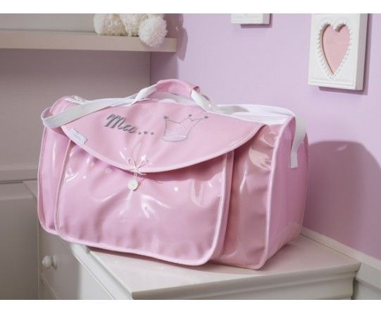 sac de voyage b b rose broderie couronne de princesse. Black Bedroom Furniture Sets. Home Design Ideas