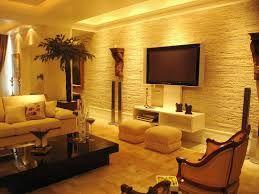 Sala com parede de pedra canjiquinha
