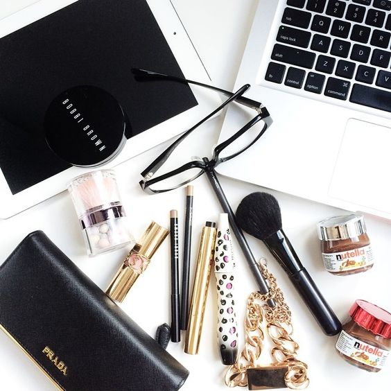 FlatLay Make-up // Bobbi Brown // Brushes - Yves Saint Laurent.: