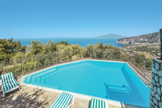 Villa Panorama in Sorrento, Amalfi Coast Sleeps 2 people  Villa Panorama sits on the hillside just a ten minute drive from Sorrento and close to the hotspots of the Amalfi coastline, Naples and Pompei. It has fantastic views over the Bay of Naples and Mount Vesuvius can be seen on a clear day. Perfect for a couples private villa holiday.