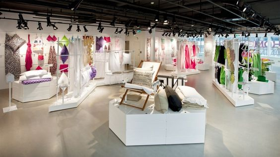 H Home Global Roll-Out Concept by UXUS inspiring retail
