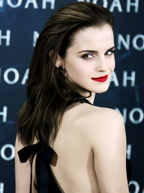 Emma so should have acted as Bella in twilight instead of Kirsten