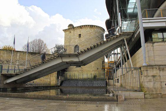 Сочетание старой и новой архитектуры
