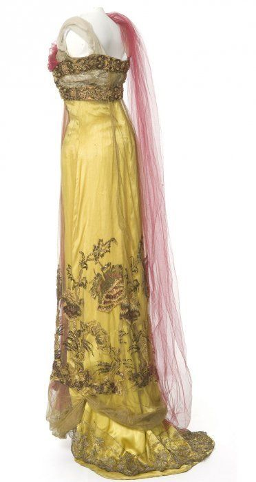 Evening Gown, Callot Soeurs, Paris, 1907-1910  Satin, tulle, metallic lace, embroidery yarn, beads and gold blade