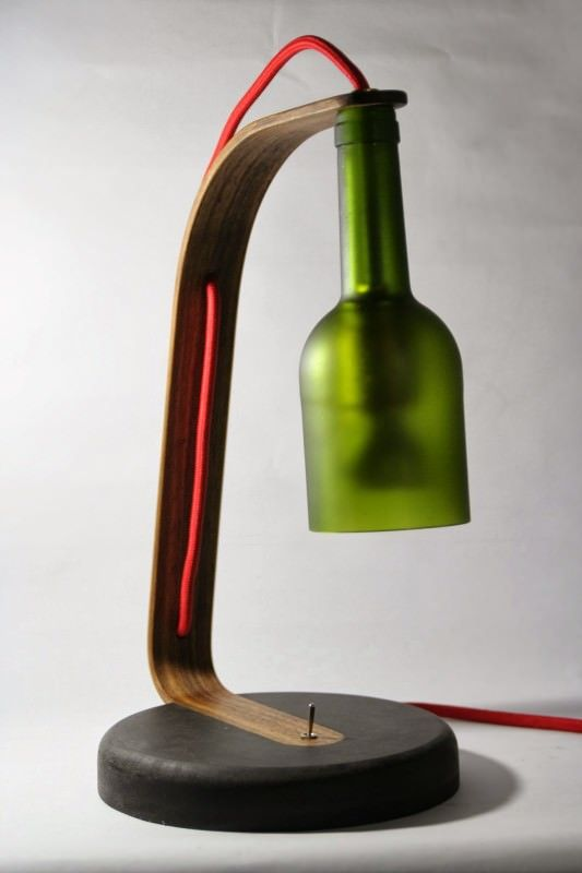 upcycled wine bottle desk lamp recycled ideas. Black Bedroom Furniture Sets. Home Design Ideas