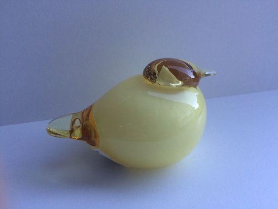 Birds by Oiva Toikka Puffball Gelb