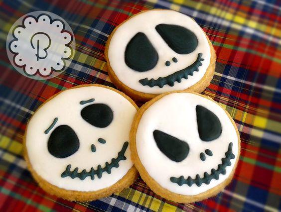 Festa de Halloween sem ele não tem graça. Meu personagem preferido sempre! Jack Skellington. #biscoitodecorado #temahalloween #festainfantil #halloween