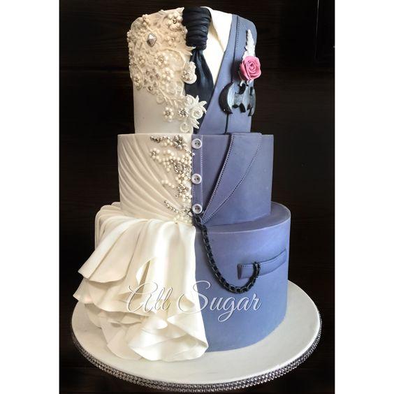 cake wedding superhero wedding cake and wedding cakes on pinterest. Black Bedroom Furniture Sets. Home Design Ideas