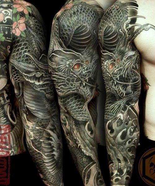 101 Best Dragon Tattoos For Men 2019 Dragon Men Tattoo Old School Tattoos Tatuajes Tatuajes Frases Tatuaj In 2020 Tattoos Manner Tatowierungen Tattoos
