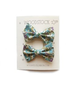 Image of mini bow clips - betsy ann green