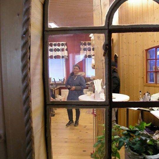 Jag älskar min fina #lokal i #nordiskamöbelfabriken #ödeshög foto:Camilla Linusson #butterflyvintage