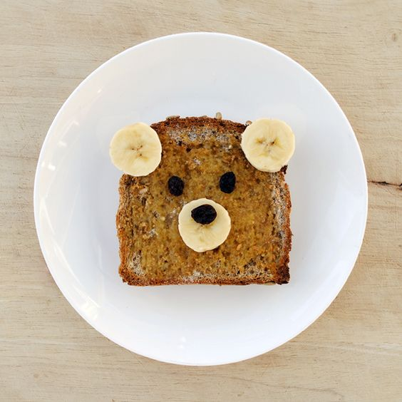 Teddy Bear Toast! A super easy recipe for kids.