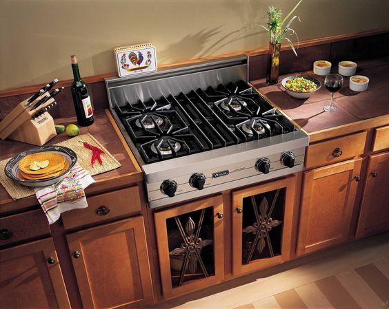 Viking Range inbouw kookplaten passen zowel in moderne en traditionele keukens.