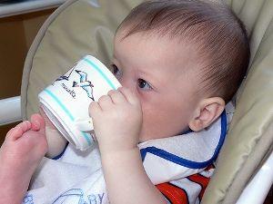 Donner son lait autrement qu'au biberon