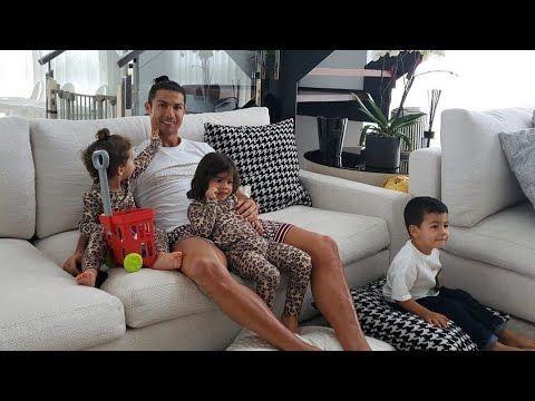 Cristiano Ronaldo S Family 2020 Ronaldo Jr Girlfriend Kids Pt 2 Youtube In 2020 Ronaldo Ronaldo Junior Cristiano Ronaldo
