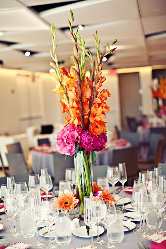 Gladioli centerpieces and hydrangeas on pinterest