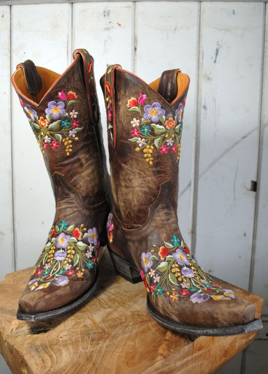 *The cowgirl got new boots