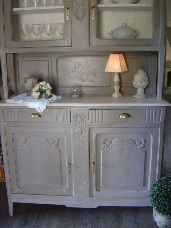 Buffet repeint en gris maison de campagne pinterest for Meuble de cuisine ancien
