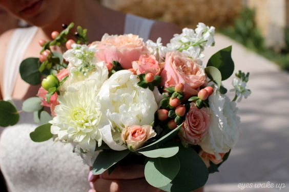 bouquet mariée mariage pastel ©eyeswakeup