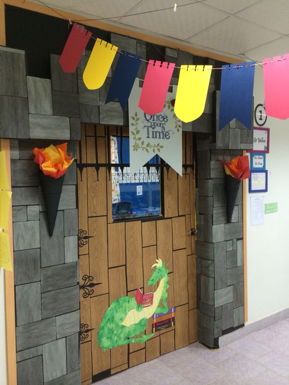 Castle theme classroom door bulletin board and door for P g class decoration