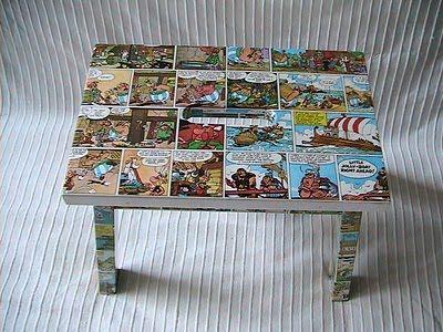 Mesa con técnica decoupage, es una alternativa de recuperación de un mueble viejo, porque no??