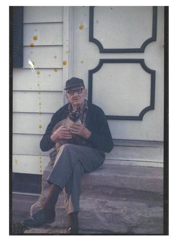 My Grandfather Earl Fields, past away at age 90 on September 11,  1979 Leaving behind a legacy to follow and a grand child, great grandhild or great grand child to represent every year of his life...