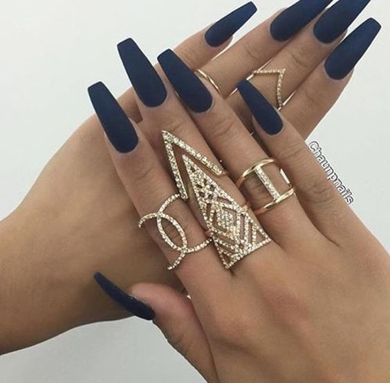 Navy blue matte acrylic nails