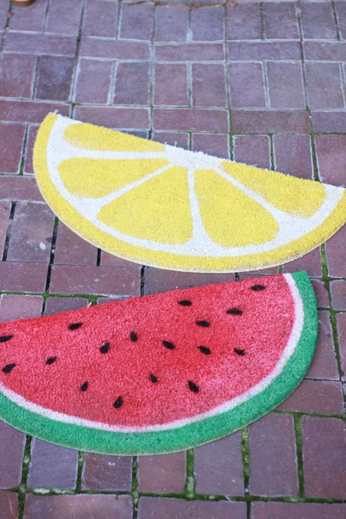 Weekend project: Fruit welcome mats. On one of my Ikea runs I picked up a circular welcome mat that I thought would be fun to turn into something and yesterday I got it–FRUIT! Plus, once you cut it in half, you get two mats for the price of one. http://thehousethatlarsbuilt.com/2013/04/weekend-project-fruit-welcome-mats.html/