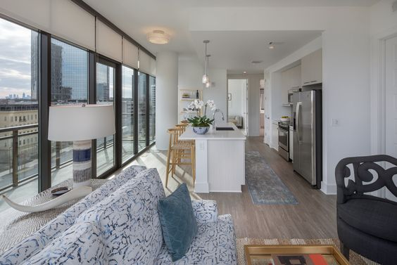 Our spacious units come with floor-to-ceiling windows and private balconies.